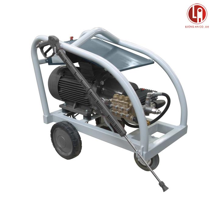 Máy phun áp lực Lavor Utah 5015LP